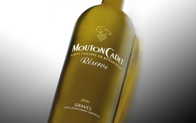 Mouton Cadet Reserve Graves blanc white wine Bordeaux France